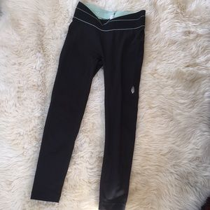 Free People movement black pocket legging small